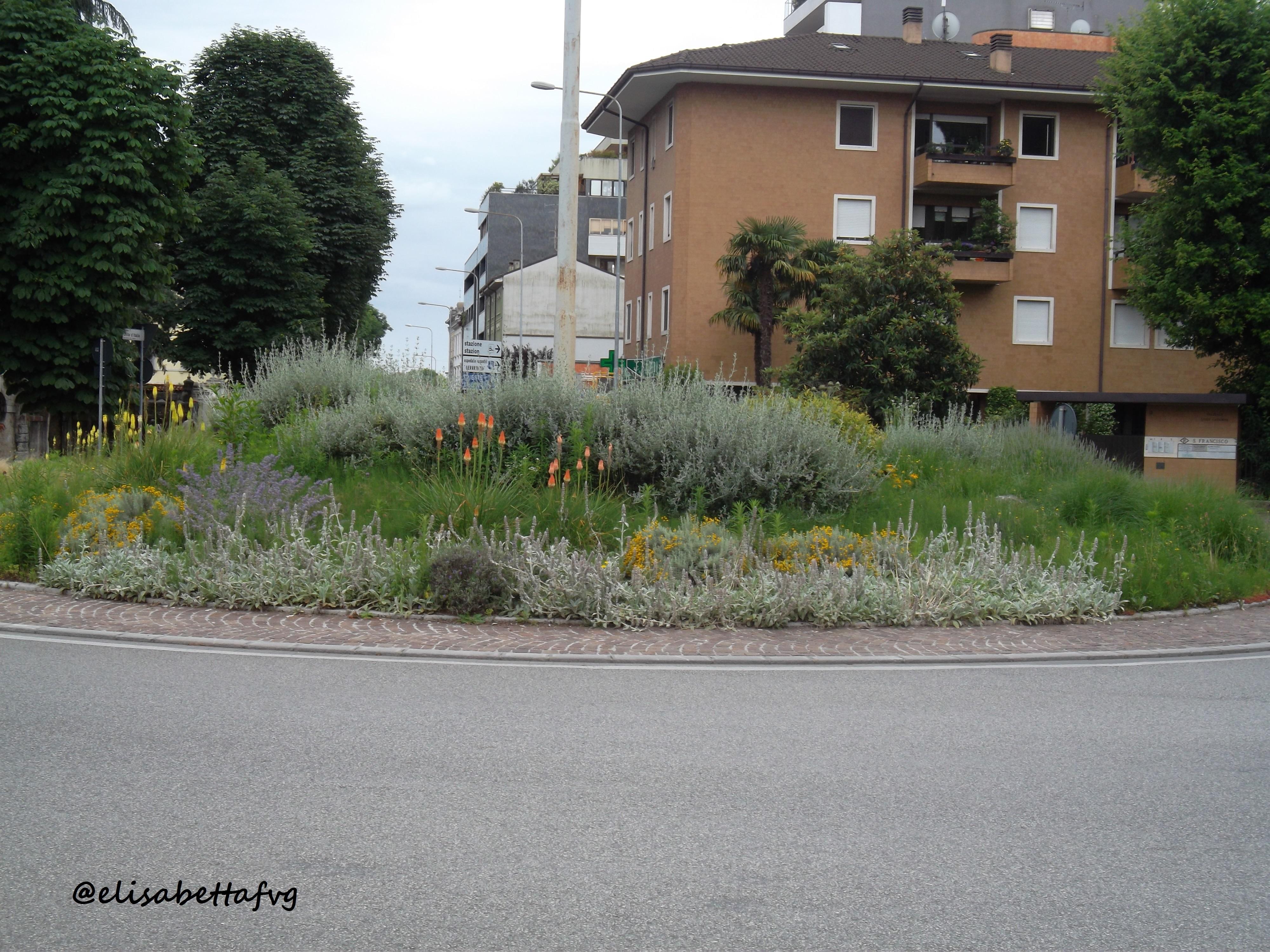 p.zza Unità d'Italia